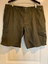 COLUMBIA Omni-Shade Army Green Nylon Cargo Hiking Shorts Men's 40