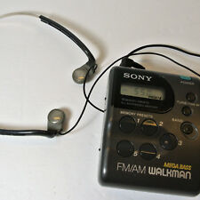 SONY SRF-M43 Walkman AM FM Radio with Clip and MDR-W07 Headphones - Tested/Works