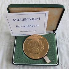 2000 Royal Nuovo di zecca 63mm MILLENNIUM MEDAGLIA DI BRONZO-boxed/COA