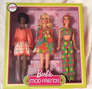 New NRFB 1968 Barbie Stacey & Christie MOD Friends Reproduction Gift Set Mattel