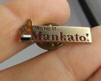 Vintage Mankato Minnesota travel pin pinback button souvenir *FF 1