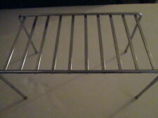 Metal cooling rack or hot plate
