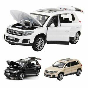 1:32 Volkswagen Tiguan Car Model Diecast