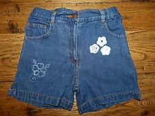 Short en jean bleu - Kiabi - 5 ans (108cm) - Très bon état
