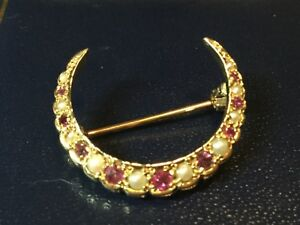 VERY FINE ,Vintage 9ct gold brooch,Ruby cultured pearl,moon,crescent shape MINT