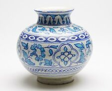 ANTIQUE MIDDLE EASTERN/INDIAN BLUE & WHITE VASE 19TH C.