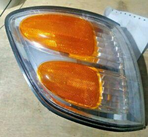 2001-04 Toyota Sequoia Passenger Right RH Sidemarker Lamp Light OEM LOC-169SW