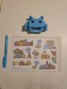 Space invader stickers