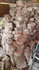 10 Klinker, Ziegel, historische Baustoffe, Backsteine,teilweise mit Mörtelrest