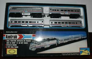 Toy State Battery Operated Amtrak Train Set -  complete and working