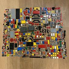 Mattel Mega Construx 600pc DYNAMIC /& COLOURFUL BOX OF BLOCKS by Mega Bloks