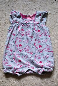 Old Navy Baby Girls' Gray Flutter Sleeves Romper - Size 3-6 Months