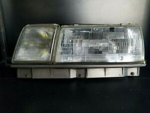 90-91 LEXUS ES250 DRIVER LEFT HEADLIGHT HEADLAMP OEM