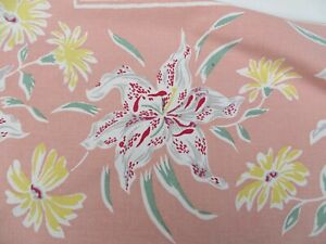 Vtg BIG Lily Daisy on Pink Border Floral Tablecloth 50s Era Cotton Fabric 50X55