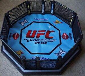 Real Scale Octagon Ring UFC JAKKS