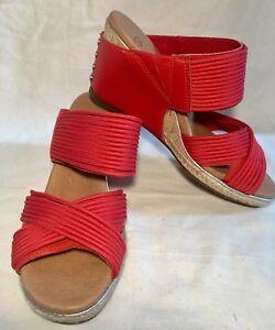 Women's UGG Australia Hilarie Wedge Slide Sandal Red/Tan Size UK 4.5
