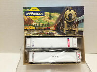 Athearn Blue Box 48' CONTAINER - NEW YORK 5704