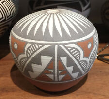 MARY SMALL JEMEZ SAN FELIPE SMALL SEED POT FEATHER PATTERN PUEBLO POTTERY