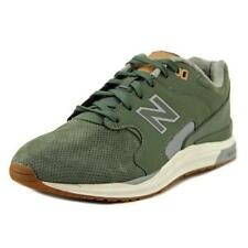 Scarpe da uomo verde New Balance con stringhe