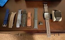 Apple Watch Series 5 44mm Space Gray Aluminum GPS/LTE with Accessories