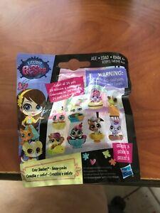 Hasbro Littlest Pet Shop Cozy Snackers Mystery Figure Pack Series 3 NIP