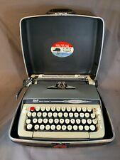 Smith-Corona Typewriter Galaxie II Original Case  With Key - Tested Works E417