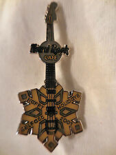 Hard Rock Cafe Belfast Gold Snowflake ERROR Guitar '01 Pin