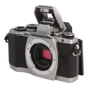 Olympus OM-D E-M10 silber -Digitalkamera- gebraucht **