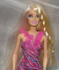Barbie Fashionista Puppe mit / Platinblond & Perle Haar Glam Magenta Stripe
