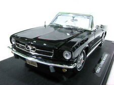 MotorMax 1964 Ford Mustang 1/2 Conv Black 1/18 Diecast Car 73145AC-BK