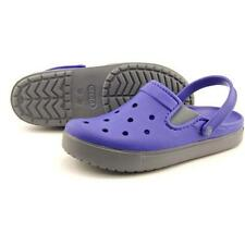 Scarpe da uomo blu Crocs dal Vietnam