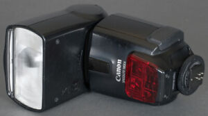 Canon 580EX TTL Bounce Swivel Zoom Speedlite  Flash - Very Good Shape - Tested !