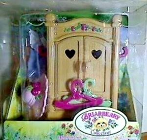 Fisher Price Briarberry Collection Wardrobe Set #75060 1999