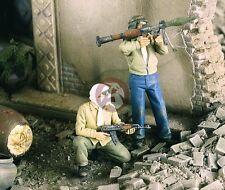 "Verlinden 1/35 ""Iraq : The Bad Ones"" Insurgents in Iraq War (2 Figures) 2335"