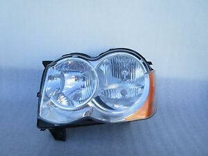 Jeep Grand Cherokee Headlight Front Head Lamp OEM 2005 2006 2007