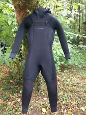 Women's Patagonia R4 Wetsuit Size 4 Hooded Chest Zip - Full Merino Wool Lining
