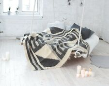 Wool Throw Blanket Heavy 200 x 200 cm Traditional Ukrainian Modern Handmade 100