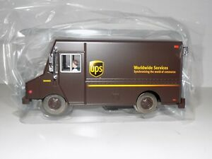 K-Line Trains by Lionel RailRoadster Motorized UPS Step Van Item #6-21456 Boxed