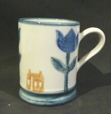 ROBERT GORDON Pottery,Coffee Mug blue flower, house. AUSTRALIA