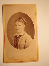 Zofingen - junge Frau mit Zopf - Portrait / CDV
