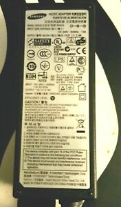Genuine SAMSUNG  PN3014 AC Power Adapter 30 Watt 14 Volts 2.14 Amps W Power Cord