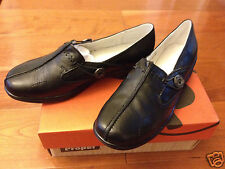 NIB New Propet Black Adelaide Leather Slip-on Loafer Shoes sz 6.5 M