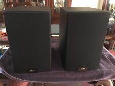 ELAC Uni-Fi UB5 3-Way Bookshelf Speakers (Pair) - Black