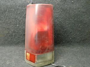 2000-2002 Chevy Express Van GMC Savana Left Side Rear Tail Light