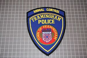 Town Of Framingham Massachusetts Police Animal Control Patch (S03-1)