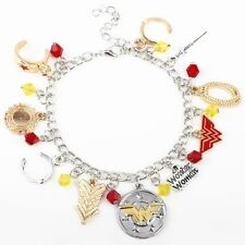 Bracciale con Charm Wonder Woman Eroe DC Comics Justice League Cosplay stelle Amazon