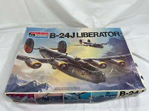 Monogram Model Plane B-24J LIBERATOR 1:48 JC #5601