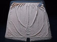 "M&S 'Cool Comfort' Cling Resistant Waist Slip UK18 L26"" W36"" H45"" Natural BNWT"