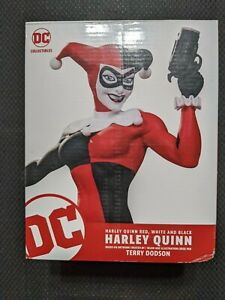 Black White And Red Dc Harley Quinn Statue Terry Dodson