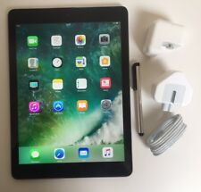 EXCELLENT Apple iPad Air 16GB, Wi-Fi, 9.7in - Space Grey